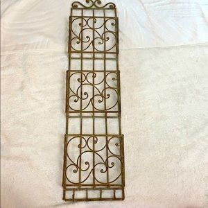 Other - Metal EUC wall distressed key letter holder brown